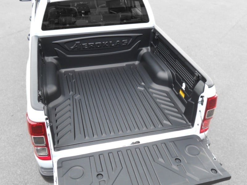 Aeroklas Bedliner over the rail